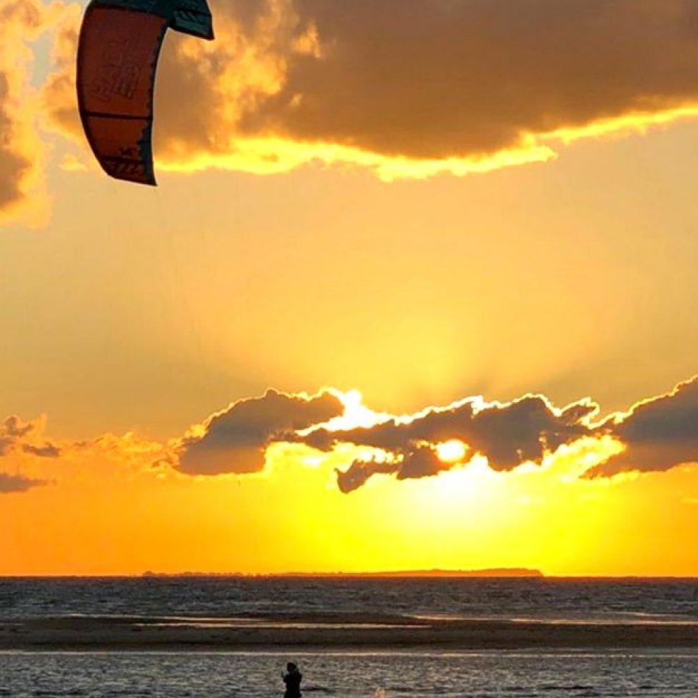 Kitesurfer_solnedgang_web